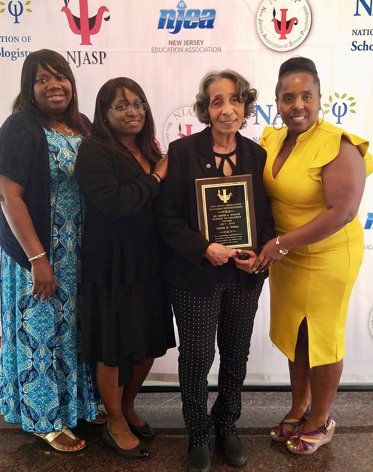 05-11-18 Mittie White's Award