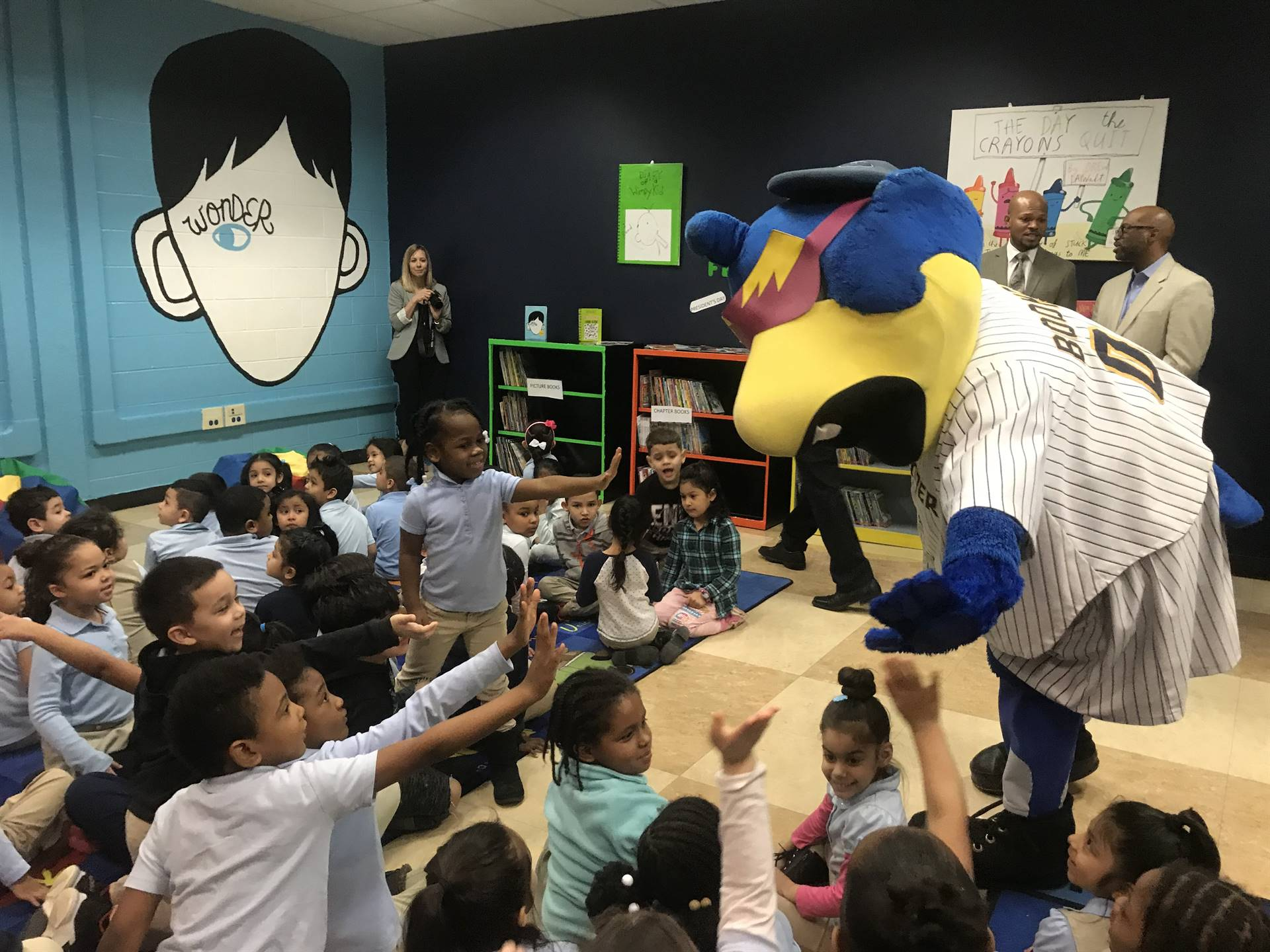 Trenton Thunder inaugurate literacy room